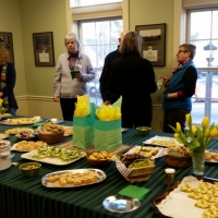 Suzanne Tether and the Membership Committee provided some wonderful hors d'oeuvres.
